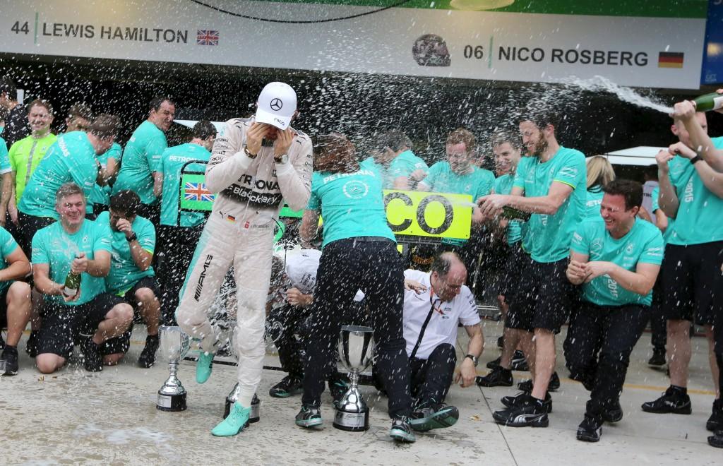 Brazil - Rosberg wins Grand Prix