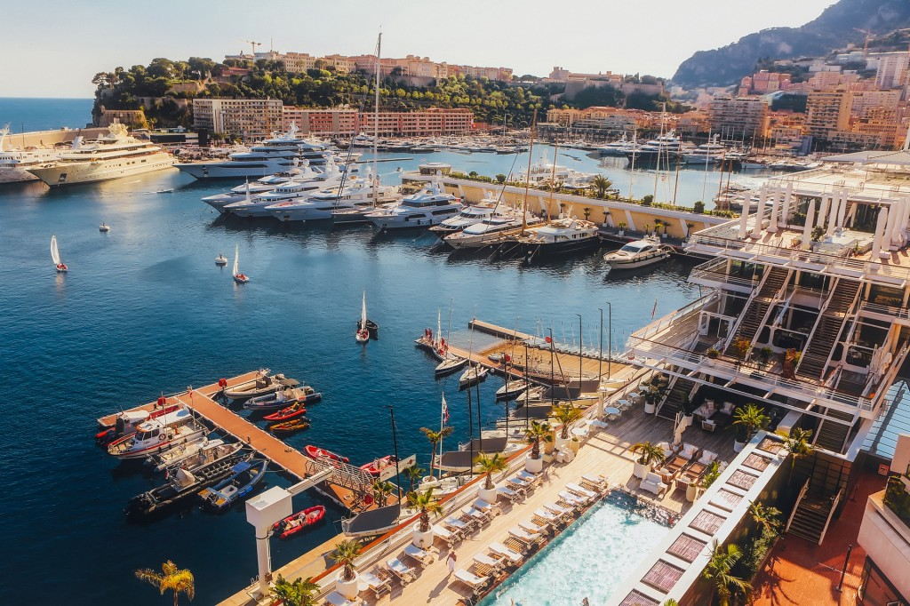 Enjoy the Monaco Grand Prix 2018 from a yacht